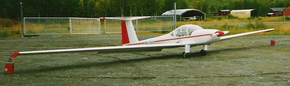 Lark Motorglider IS-28M2